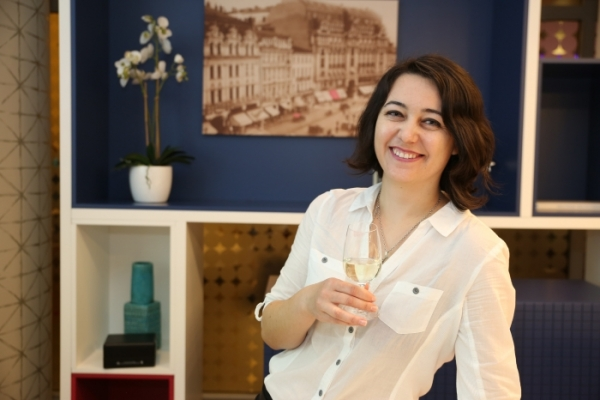 ROMANIAN SPARKLING WINES – THE NEW GENERATION - ENGLISH - (MAY 7th | 1pm)